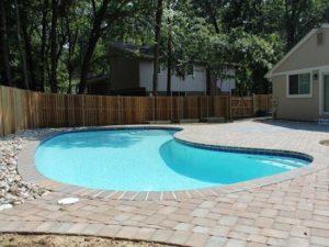 побудувати басейн